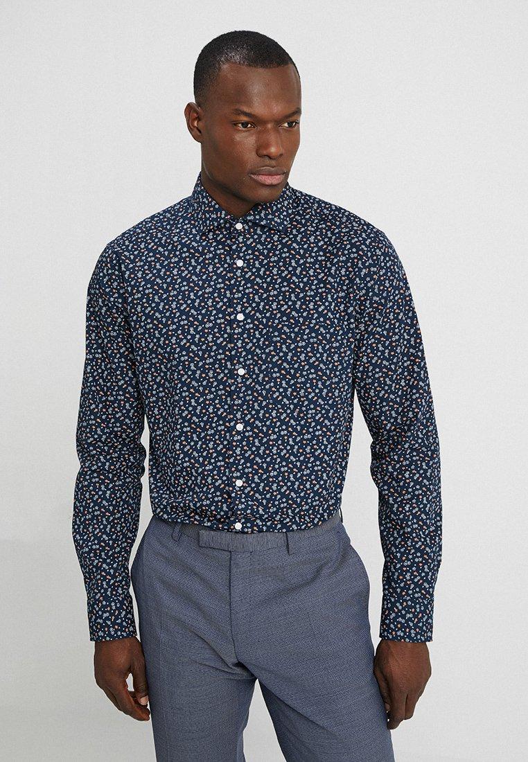 Seidensticker - MODERN FIT SPREAD  - Shirt - dark blue