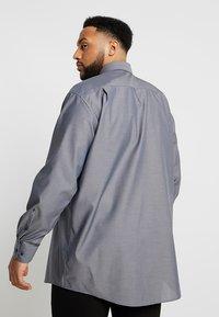 Seidensticker - REGULAR FIT - Camicia elegante - grey - 2