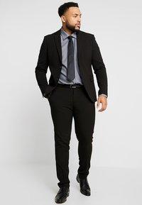 Seidensticker - REGULAR FIT - Camicia elegante - grey - 1