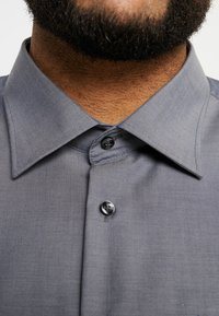 Seidensticker - REGULAR FIT - Camicia elegante - grey - 6