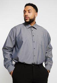 Seidensticker - REGULAR FIT - Camicia elegante - grey - 0