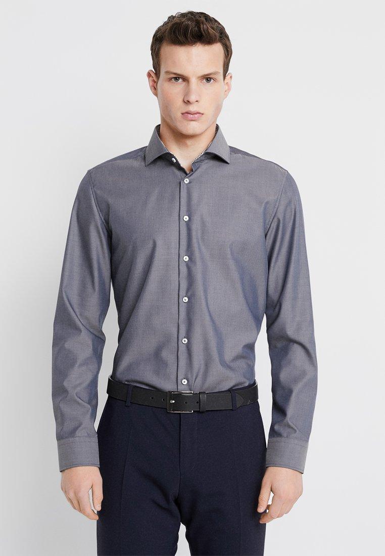 Seidensticker - SPREAD PATCH SLIM FIT - Zakelijk overhemd - grau