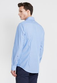 Seidensticker - SPREAD PATCH SLIM FIT - Finskjorte - blau - 2