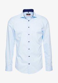 Seidensticker - SLIM SPREAD PATCH - Formální košile - hellblau - 4