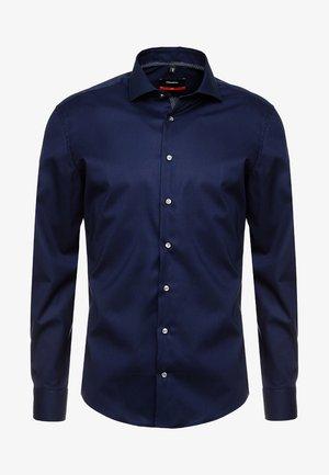 SLIM SPREAD PATCH - Zakelijk overhemd - dunkelblau