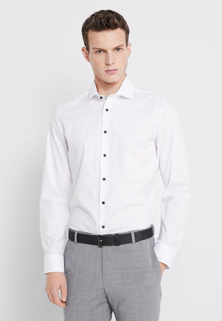 Seidensticker - SPREAD KENT PATCH SLIM FIT - Formal shirt - weiß