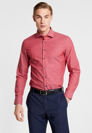 SPREAD KENT PATCH SLIM FIT - Camisa elegante - rot
