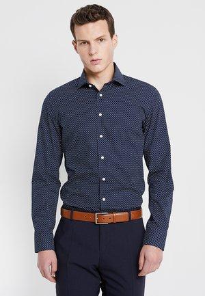 SLIM SPREAD  - Camisa - blau