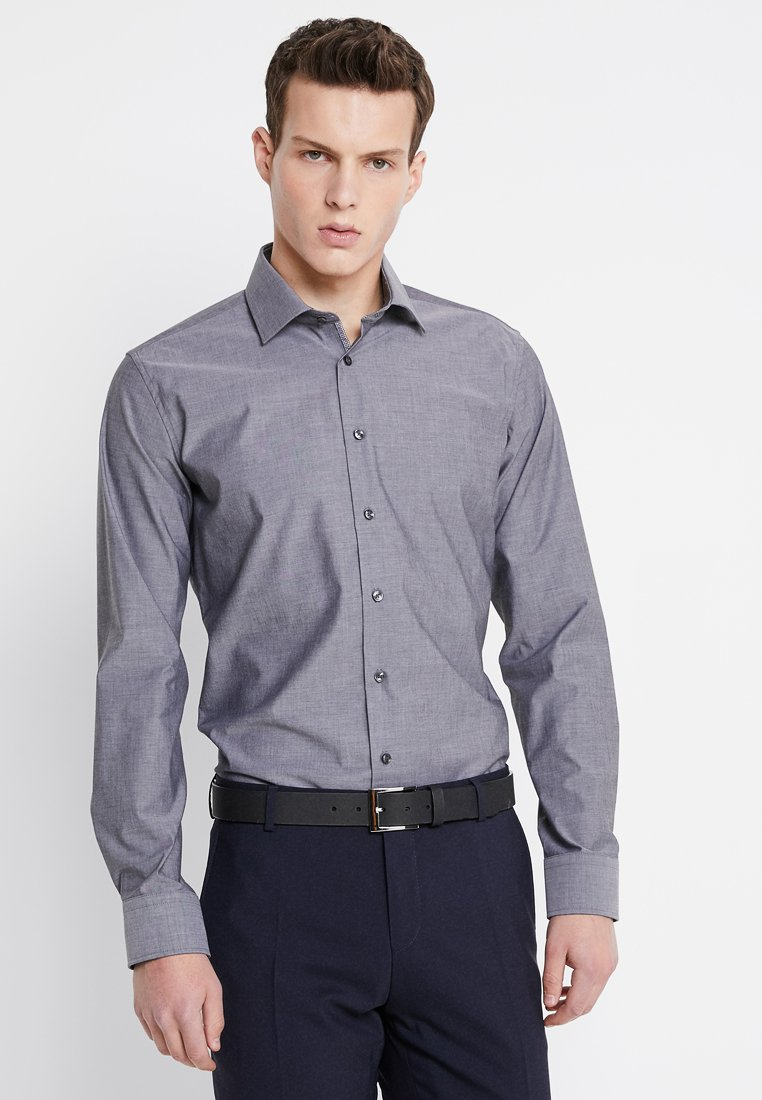 Seidensticker - BUSINESS KENT PATCH EXTRA SLIM FIT - Kostymskjorta - dark grey