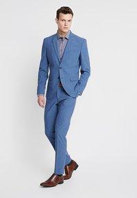 Seidensticker - BUSINESS KENT PATCH EXTRA SLIM FIT - Formální košile - dunkelblau - 1