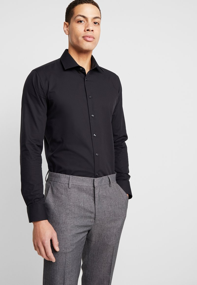 Seidensticker - BUSINESS KENT EXTRA SLIM FIT - Formal shirt - black