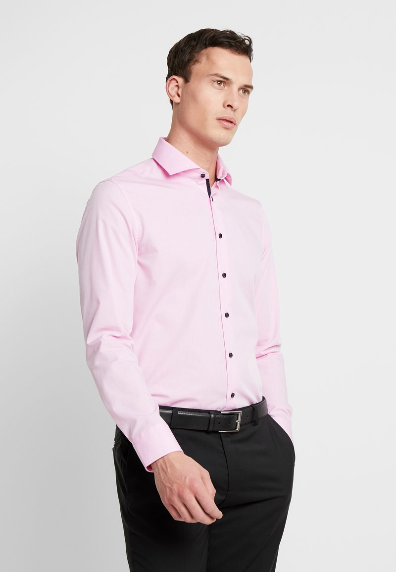 Seidensticker - SLIM FIT SPREAD KENT - Formal shirt - light pink