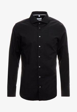 SLIM FIT SPREAD KENT PATCH - Formal shirt - black