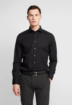 SLIM FIT SPREAD KENT PATCH - Formal shirt - black