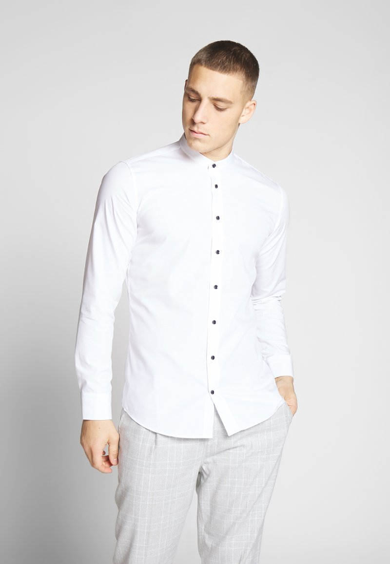 Seidensticker - SLIM MANDARIN TAPE - Košile - white