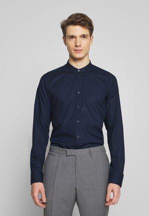 SLIM MANDARIN TAPE - Overhemd - dark blue