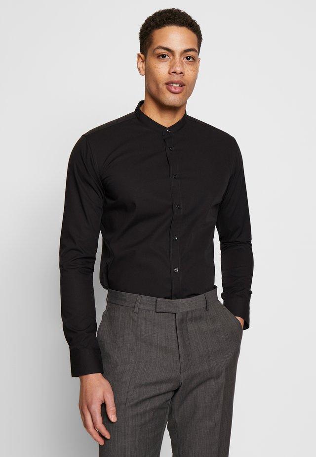 SLIM MANDARIN TAPE - Shirt - black