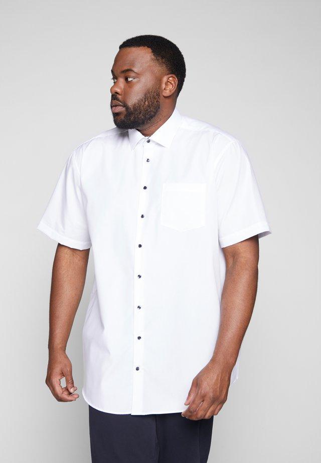 COMFORT FIT  - Business skjorter - white