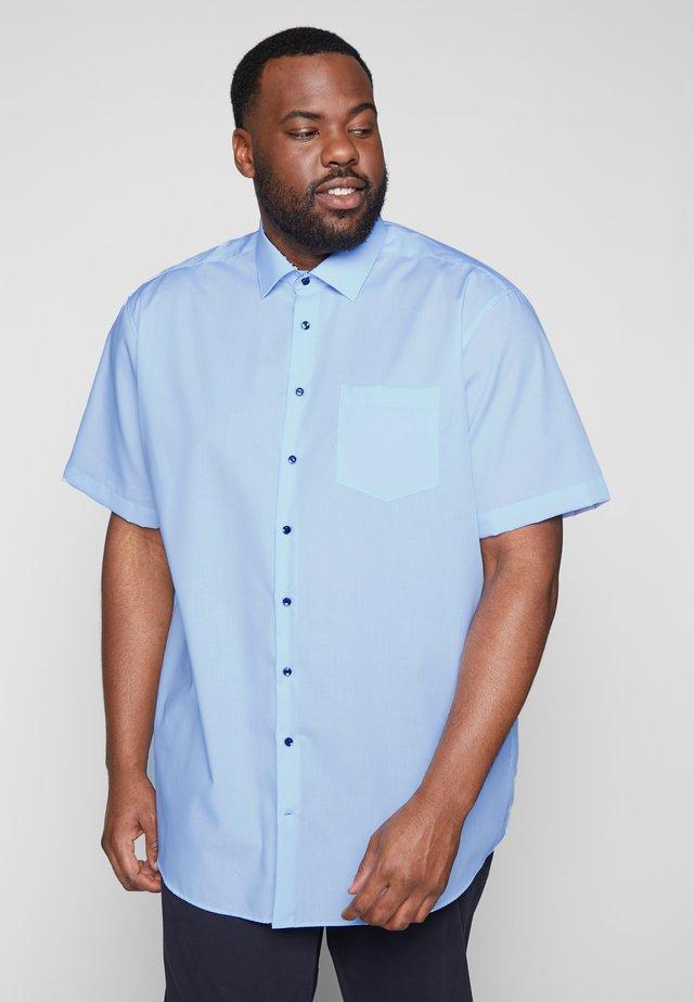 COMFORT FIT  - Business skjorter - light blue