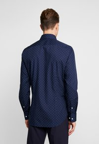 Seidensticker - SLIM FIT - Formal shirt - dark blue - 3