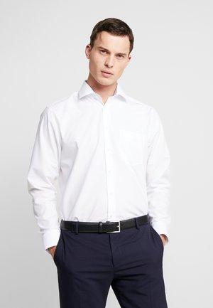 REGULAR FIT - Camicia elegante - white