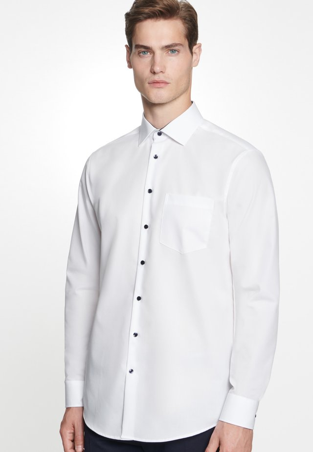 REGULAR FIT - Finskjorte - white