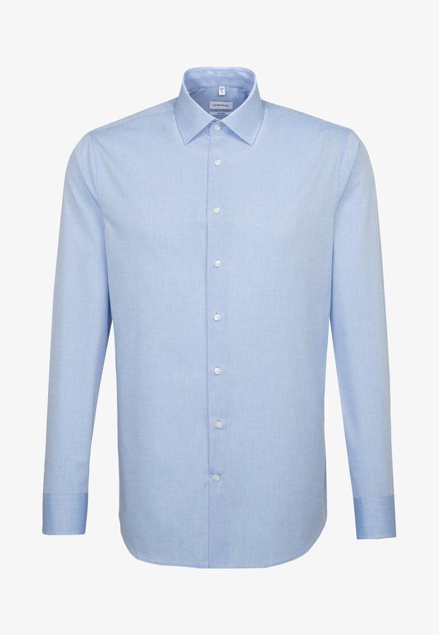 TAILORED - Skjorter - blue