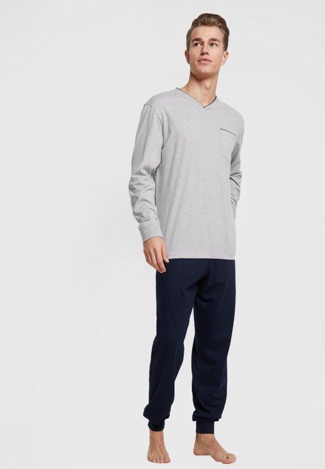 Pyjama set - gray