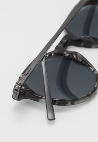 Salvatore Ferragamo - Sluneční brýle - grey havana - 4
