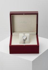 Salvatore Ferragamo - GANCINI WOMEN BRACELET - Uhr - silver-coloured - 3