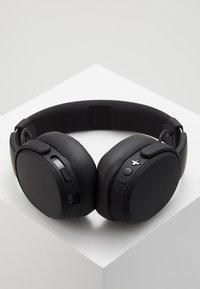 Skullcandy - CRUSHER WIRELESS OVER-EAR - Headphones - black - 2