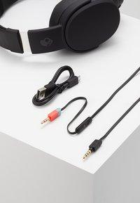 Skullcandy - CRUSHER WIRELESS OVER-EAR - Headphones - black - 5