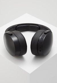 Skullcandy - HESH 3 WIRELESS OVER-EAR - Headphones - black - 2