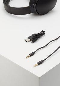Skullcandy - HESH 3 WIRELESS OVER-EAR - Headphones - black - 5