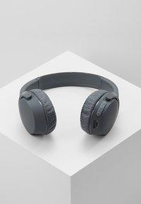 Skullcandy - RIFF WIRELESS ON-EAR - Headphones - blue/sunset - 2