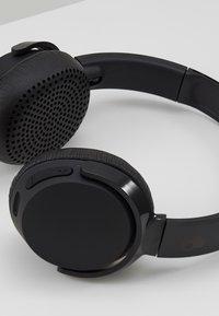 Skullcandy - RIFF WIRELESS ON-EAR - Høretelefoner - black - 5