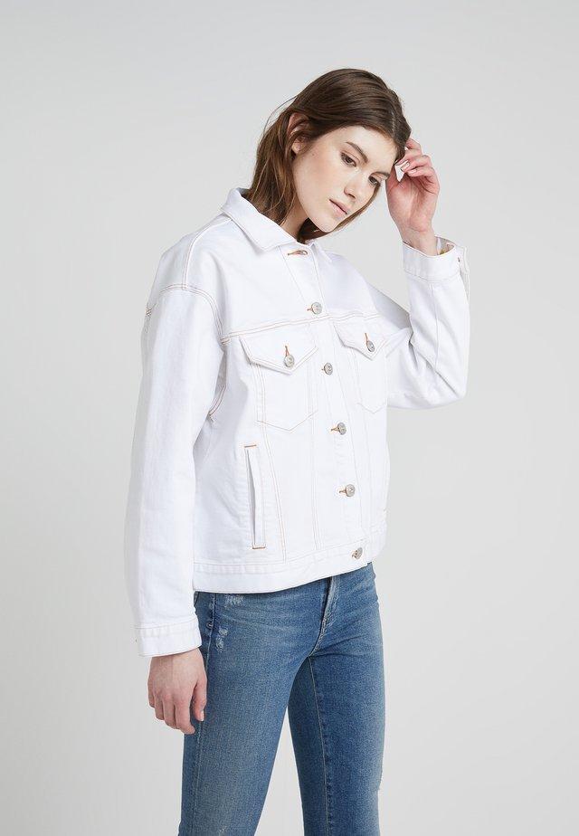 CLASSIC JACKET - Džínová bunda - winter white