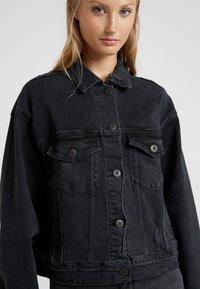 3x1 - OVERSIZED CLASSIC CROP JACKET - Denim jacket - shred - 4