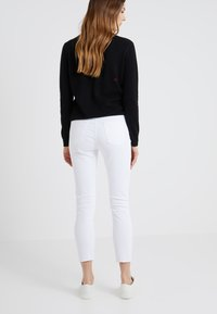 3x1 - Straight leg jeans - white tear - 2
