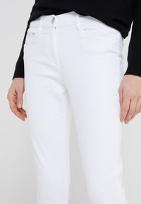 3x1 - Straight leg jeans - white tear - 4