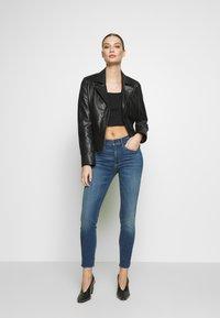 3x1 - MID RISE - Jeans Skinny Fit - orwell - 1