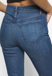 3x1 - KELLIE JEAN - Flared Jeans - breeze - 5