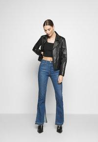 3x1 - KELLIE JEAN - Flared Jeans - breeze - 1