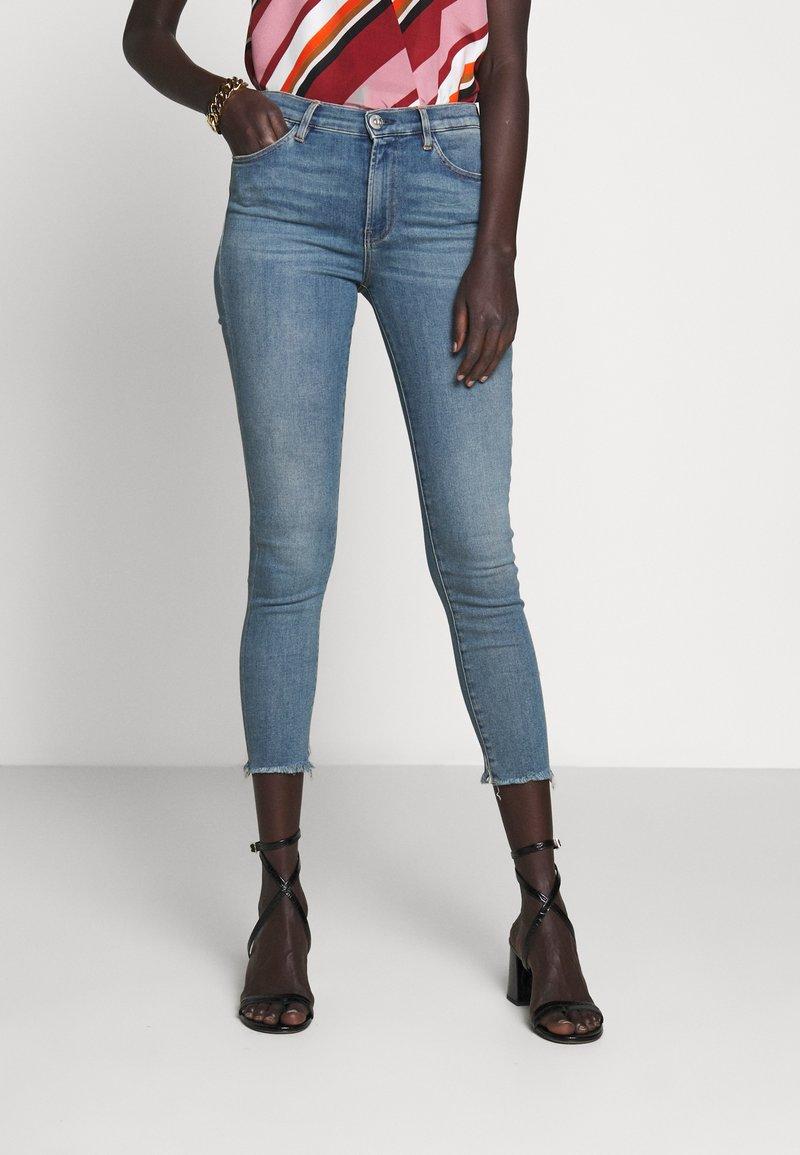 3x1 - MID RISE CROP - Skinny džíny - carrie