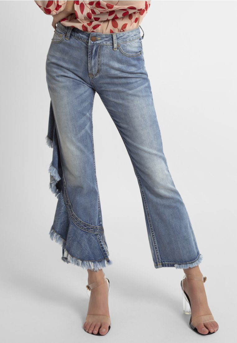 Apart - Flared Jeans - light blue