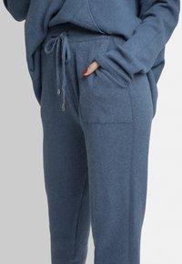 Apart - Pantalon de survêtement - blue - 3
