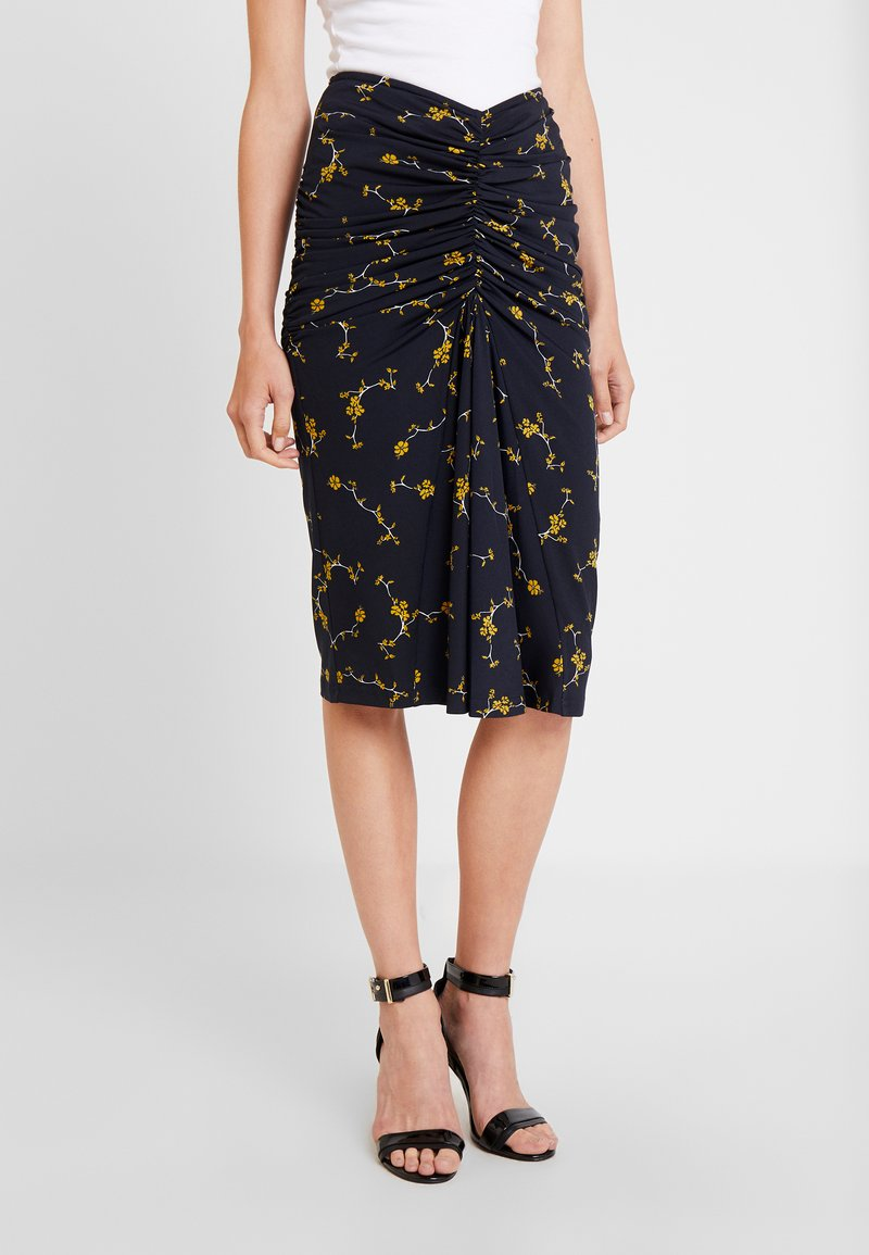 Apart - PRINTED SKIRT - Jupe crayon - midnightblue/yellow