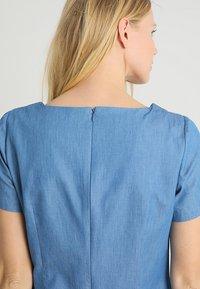 Apart - DRESS - Robe en jean - blue denim - 3
