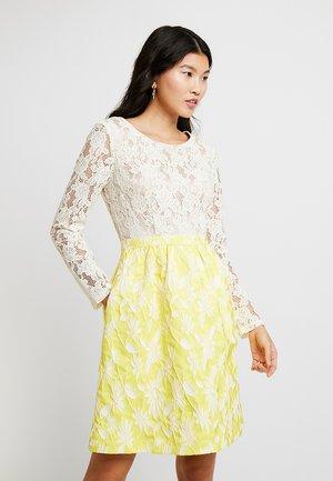 JACQUARDDRESS - Robe de soirée - cream/yellow