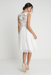 Apart - DRESS WITH EMBROIDERY - Robe de soirée - cream/nude - 2